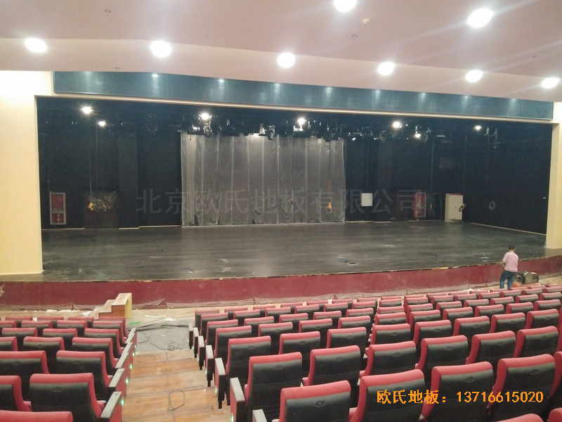 唐山师范学院舞台运动地板铺设案例2