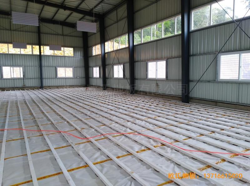 巴布亚新几内亚羽毛球馆体育木地板铺装案例